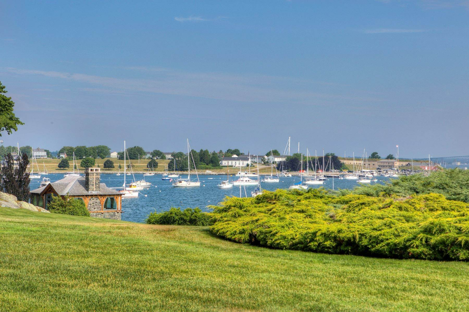37. Condominiums for Sale at Bonniecrest 111 Harrison Avenue, B-1 Newport, Rhode Island 02840 United States