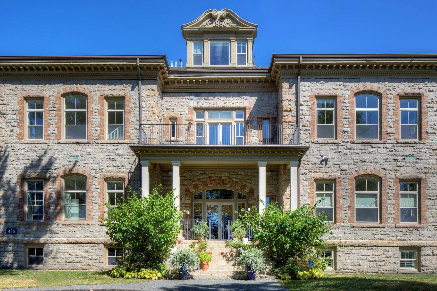 Condominiums for Sale at Lenthal School 426 Spring Street, 206 Newport, Rhode Island 02840 United States