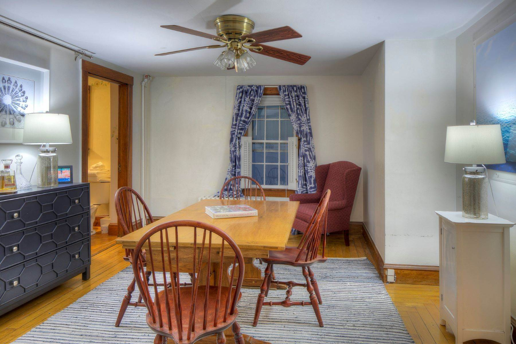 12. Single Family Homes for Sale at The Melville House 39 Clarke Street Newport, Rhode Island 02840 United States