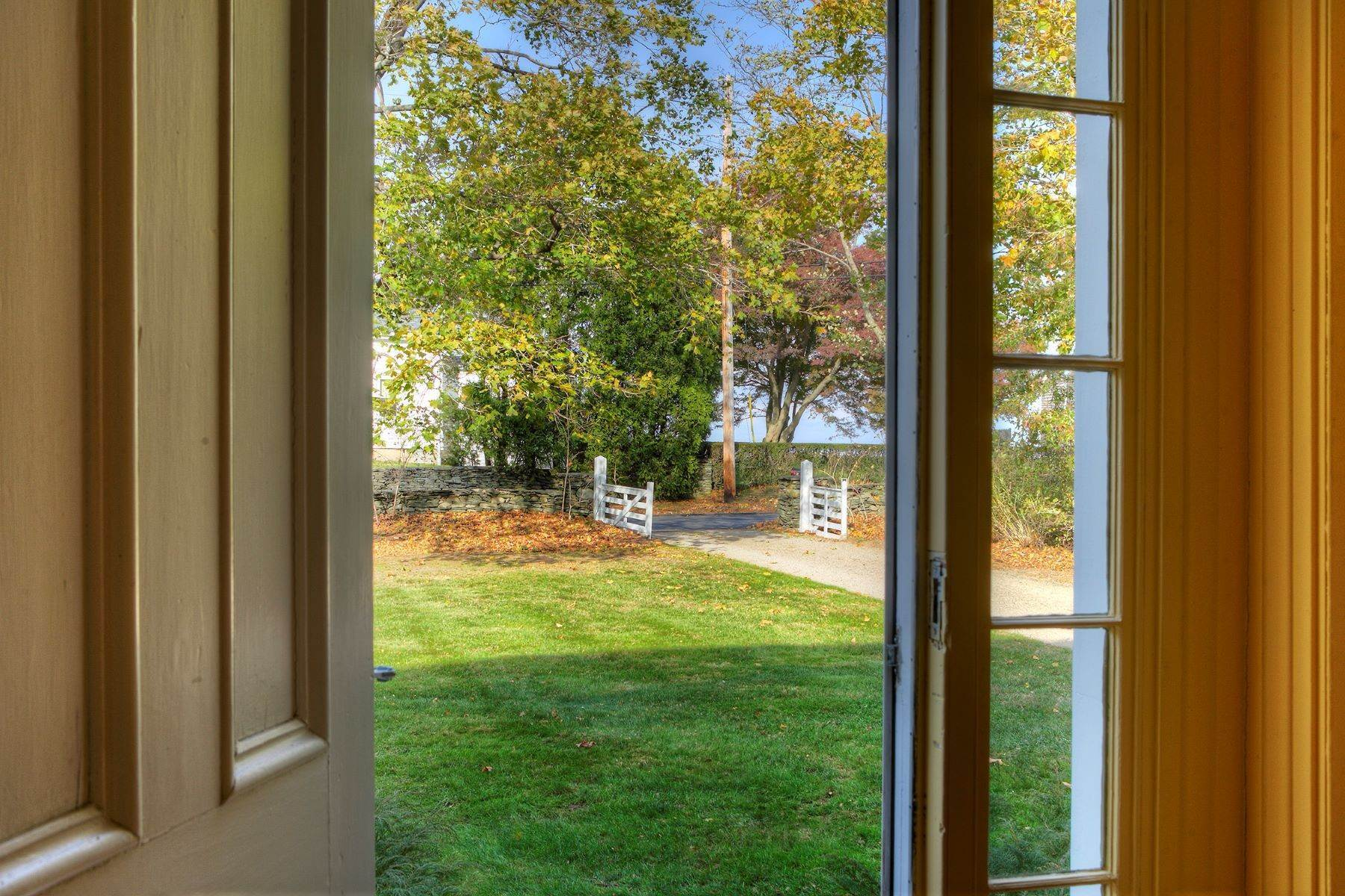 5. Single Family Homes for Sale at The Glen 297 Glen Road Portsmouth, Rhode Island 02871 United States