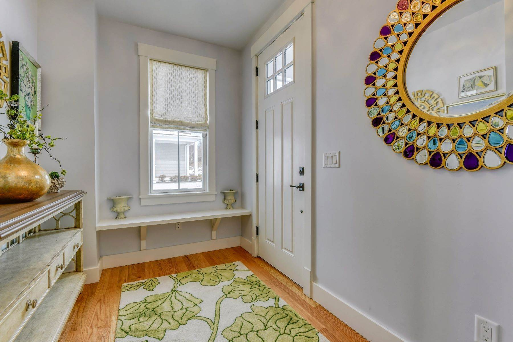 2. Condominiums for Sale at Immaculate Townhome at The Villages 41 Yardarm Drive Tiverton, Rhode Island 02878 United States