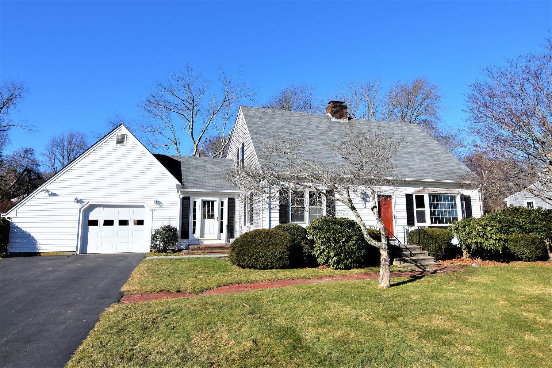 Single Family Homes for Sale at Southern Portsmouth Cape 134 Woodland Drive Newport, Rhode Island 02871 United States
