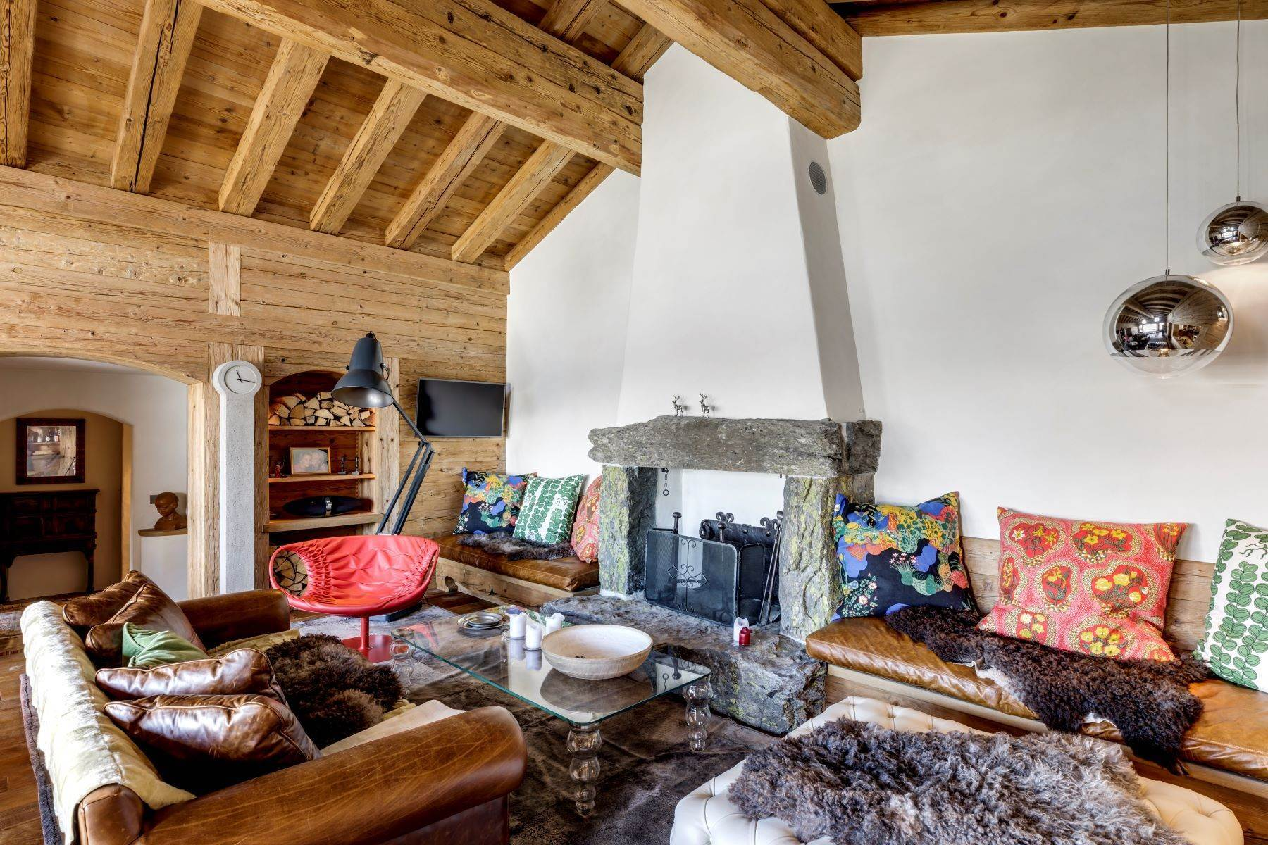 Single Family Homes for Sale at Chalets JOLI BOIS & CIEL BLEU Verbier Verbier, Valais 1936 Switzerland