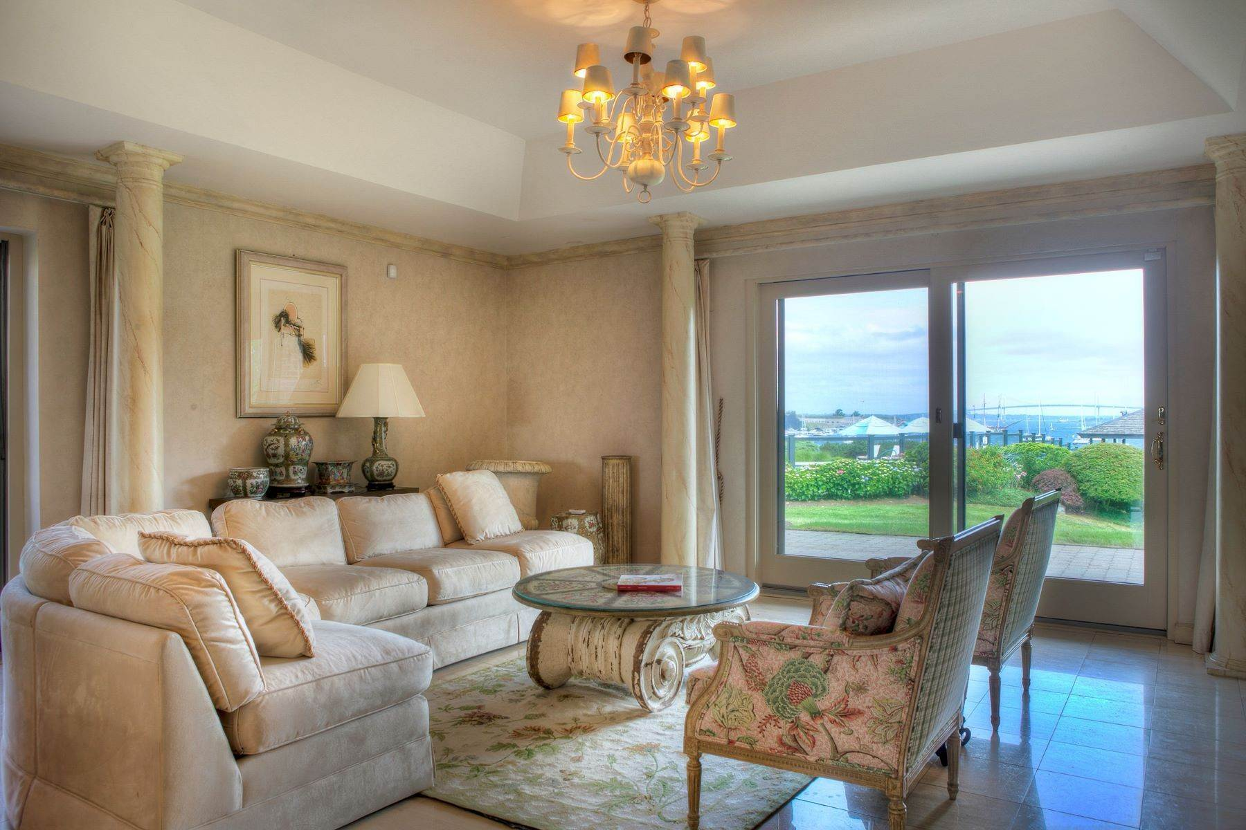 7. Condominiums for Sale at Bonniecrest 111 Harrison Avenue, B-1 Newport, Rhode Island 02840 United States