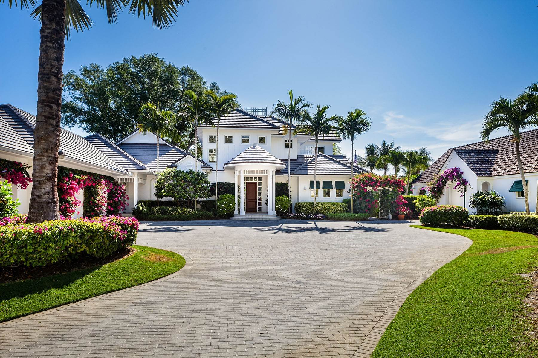 Single Family Homes for Sale at PORT ROYAL 3455 Fort Charles Drive Naples, Florida 34102 United States