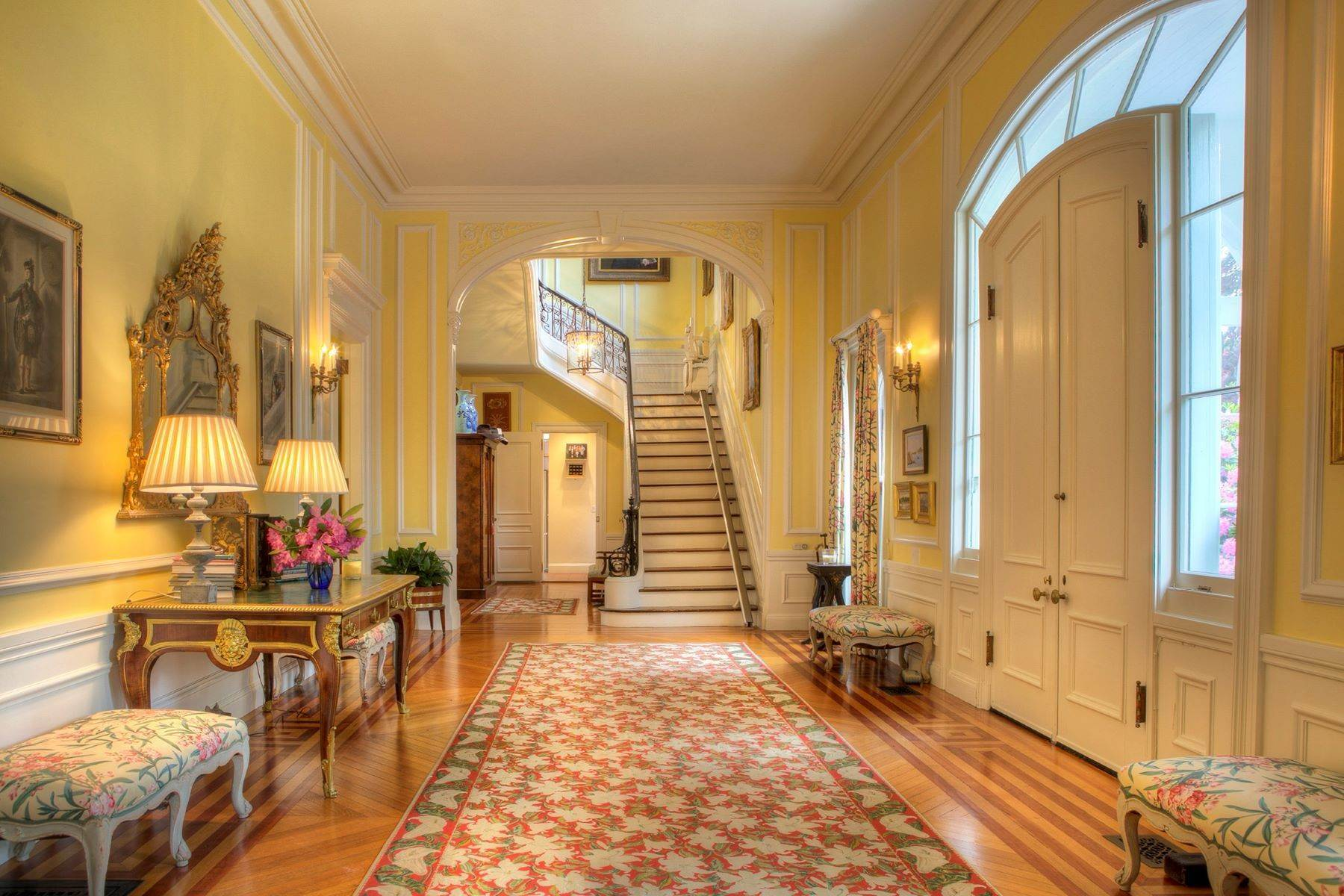25. Single Family Homes for Sale at Gravel Court 21 Clay Street Newport, Rhode Island 02840 United States