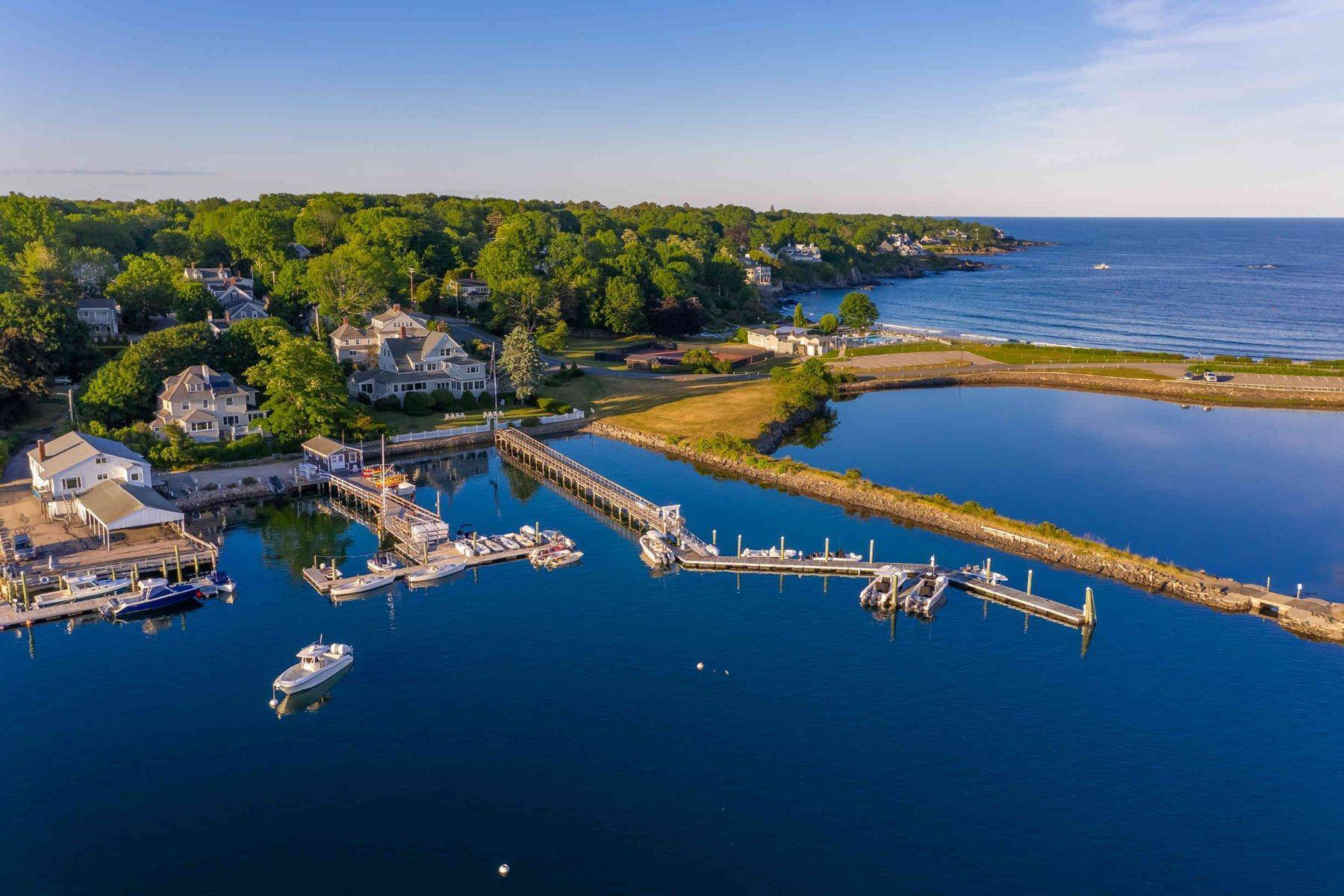 Multi-Family Homes for Sale at The Iconic Edwards' Harborside & Marina in York Harbor 7 Stage Neck Road York, Maine 03909 United States