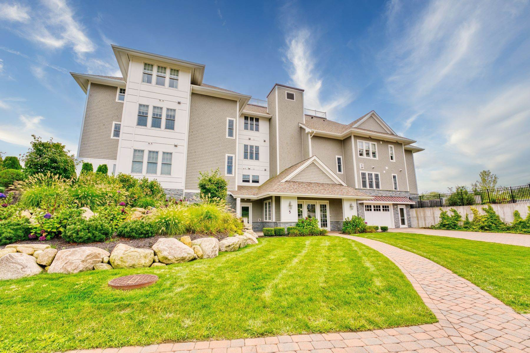 Condominiums for Sale at 5 Compass Way, #102, Westerly, RI 5 Compass Way, 102 Westerly, Rhode Island 02891 United States