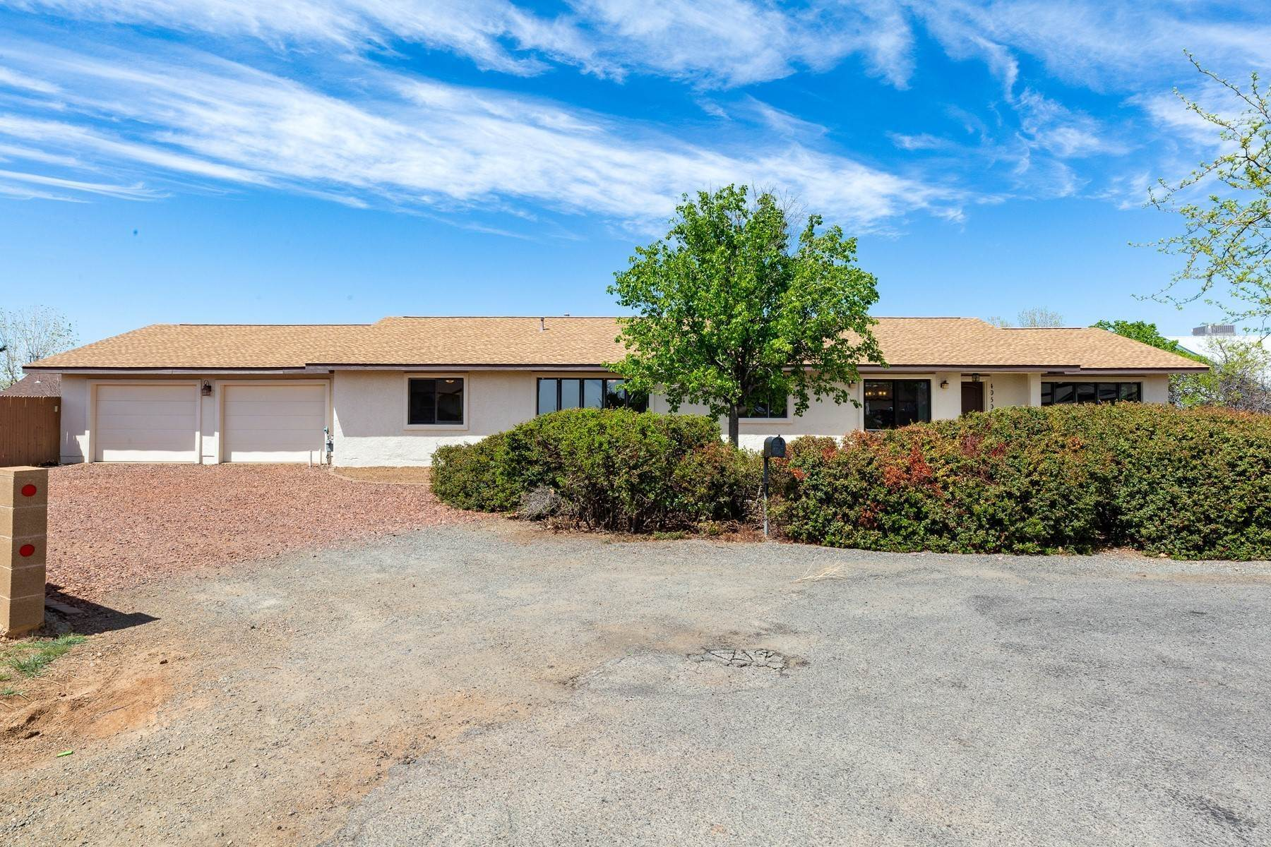 Single Family Homes for Sale at Prescott Valley 4050 N Superstition Court Prescott Valley, Arizona 86314 United States