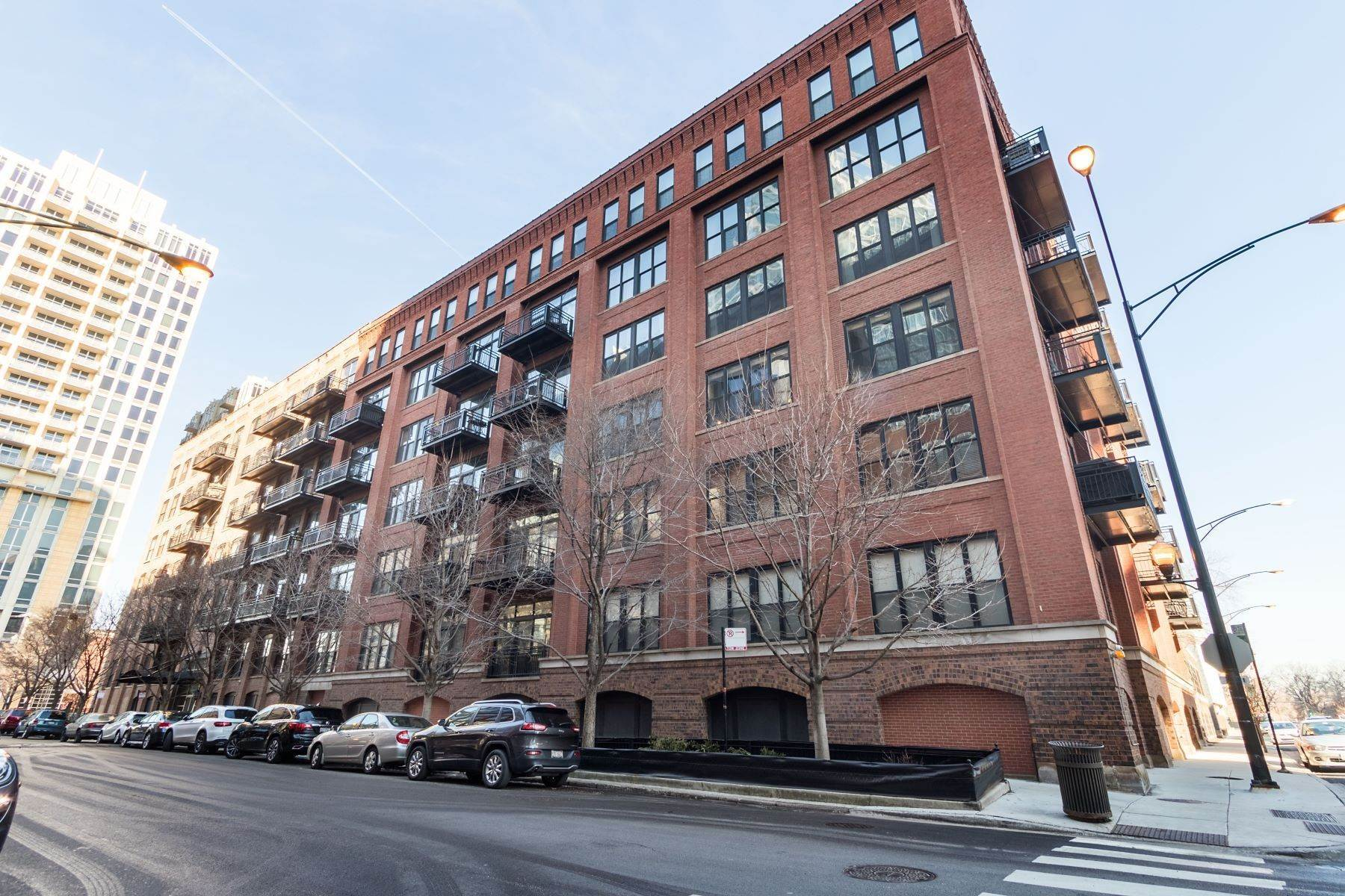 Condominiums for Sale at Gorgeous River North Timber Loft 520 W Huron Street, Unit 114 Chicago, Illinois 60654 United States