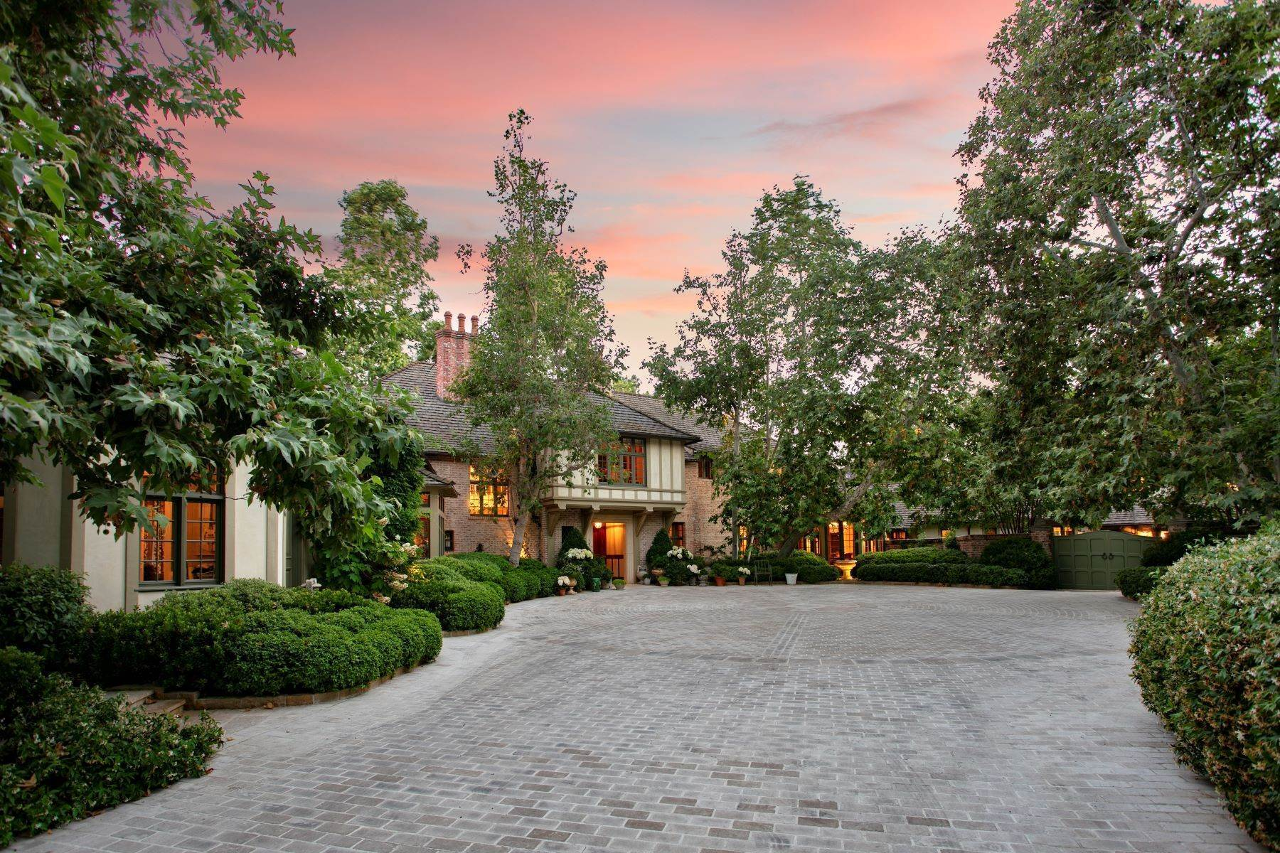 Single Family Homes for Sale at Beverly Hills English Estate 1201 Tower Grove Drive Beverly Hills, California 90210 United States