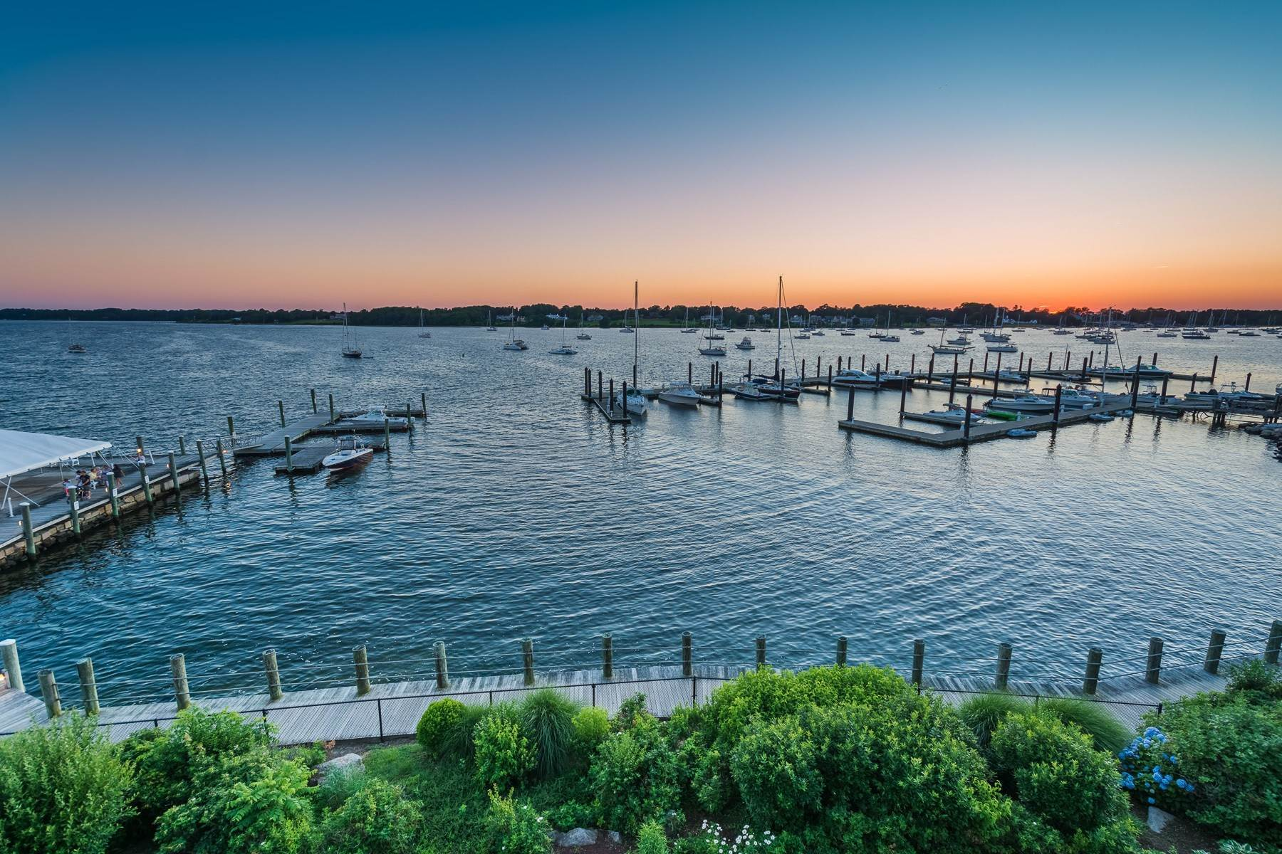 36. Condominiums for Sale at 341 THAMES ST, UNIT#303S, 303S Bristol, Rhode Island 02809 United States