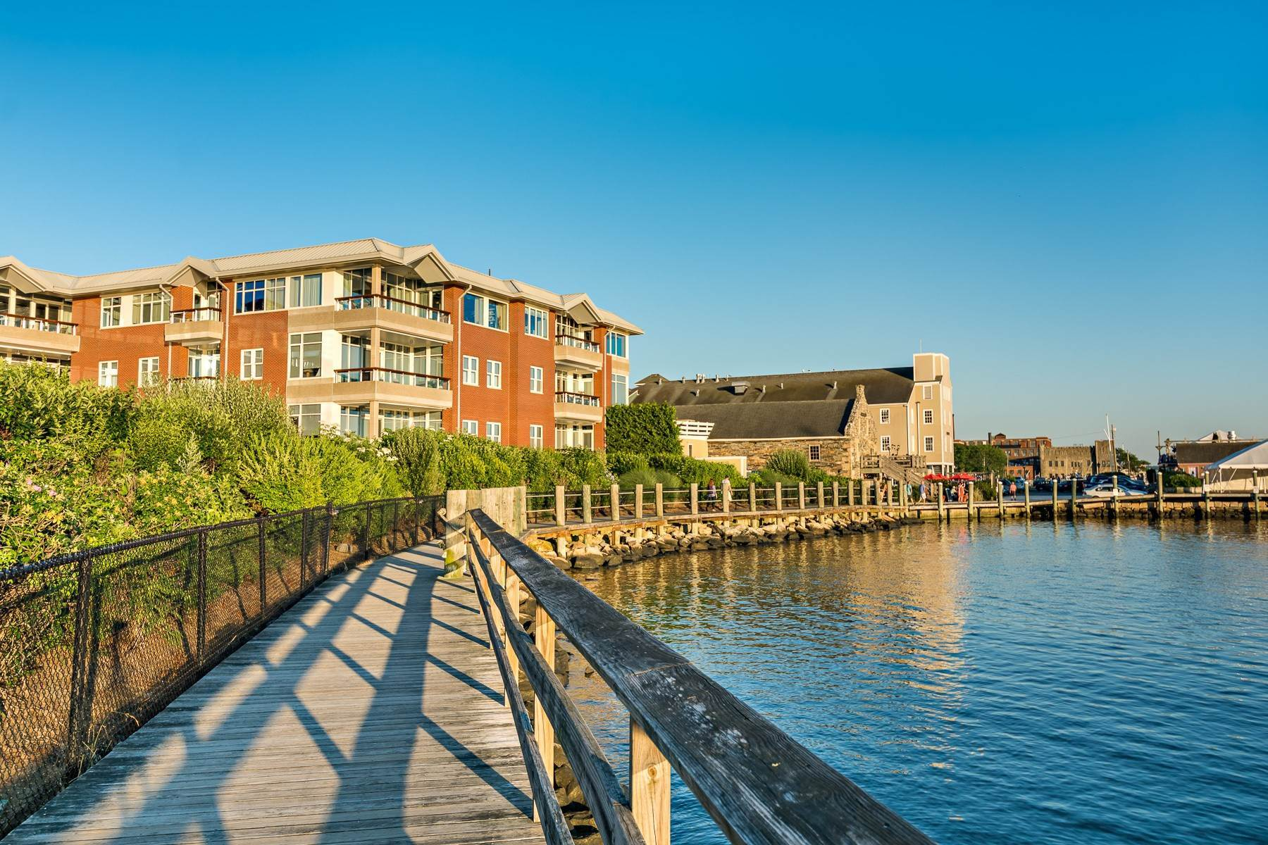 7. Condominiums for Sale at 341 THAMES ST, UNIT#303S, 303S Bristol, Rhode Island 02809 United States