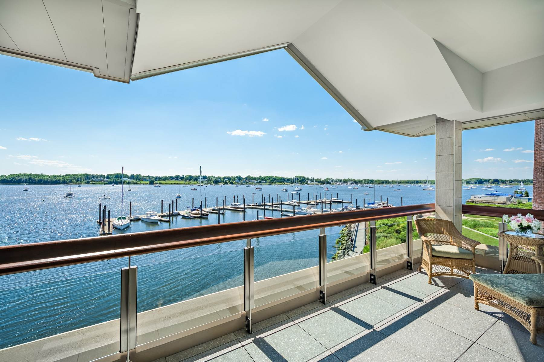 11. Condominiums for Sale at 341 THAMES ST, UNIT#303S, 303S Bristol, Rhode Island 02809 United States
