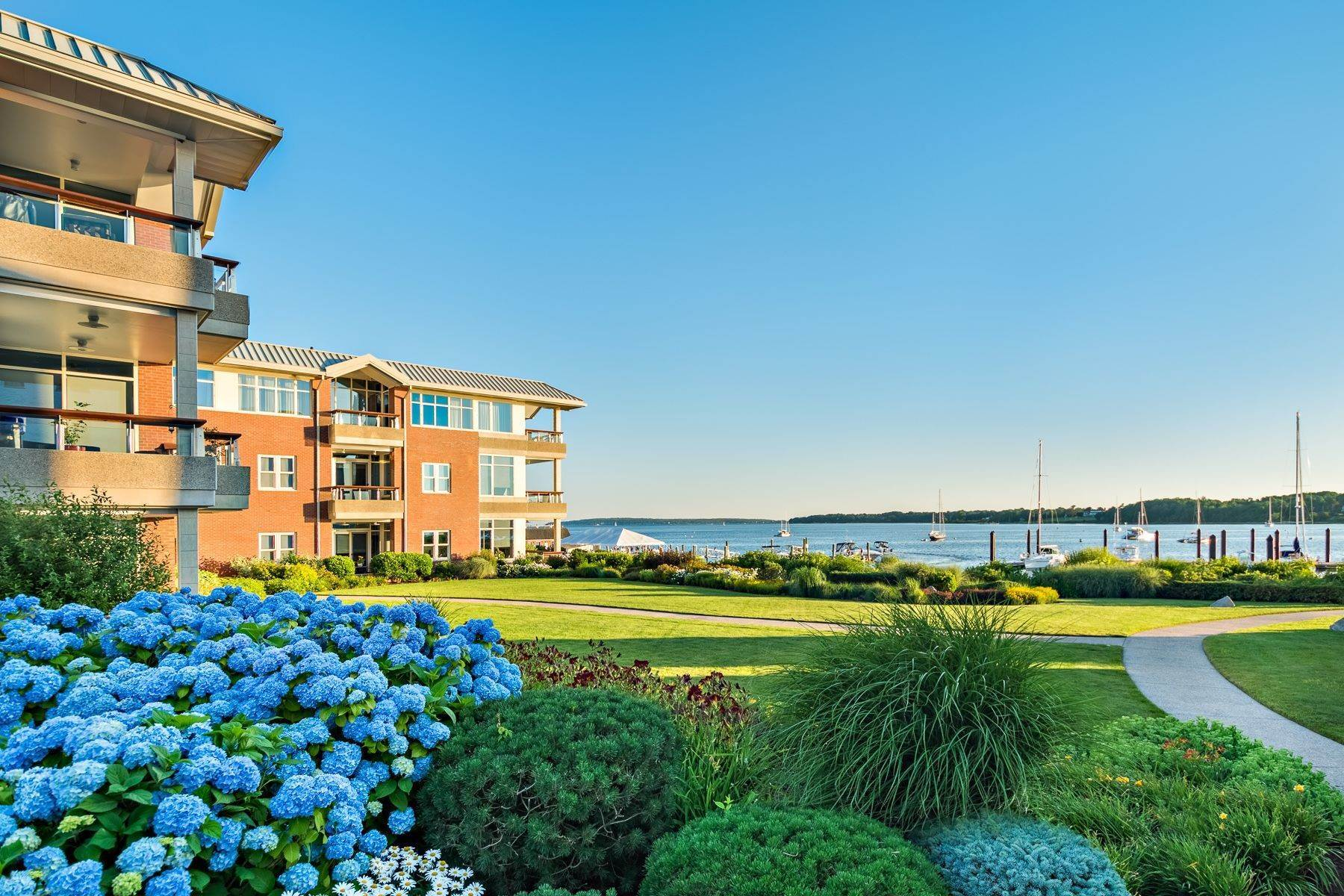 Condominiums for Sale at 341 THAMES ST, UNIT#303S, 303S Bristol, Rhode Island 02809 United States